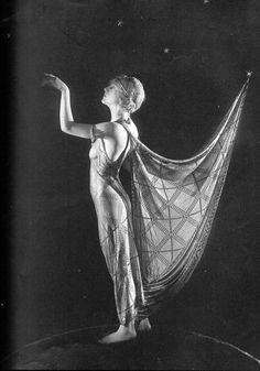 Silent film star Ann Forrest, 1921 via sisterwolf