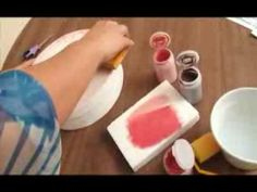 Neste Programa Hora de Arte, a artesã Dani Claro ensina a técnica de Transferência.  #transfer #paper #papel #videos #artesanato #artesa