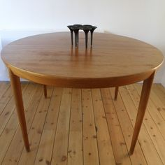 Teak dining table by Severin Hansen Jr for Haslev Mobelsnedkeri c1960/s