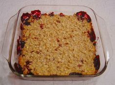 Berry Crisp - Weight Watchers Core Recipe by Salome Elliott Ww Desserts, Healthy Desserts, Delicious Desserts, Dessert Recipes, Healthy Foods, Healthy Recipes, Weight Watchers Breakfast, Weight Watchers Desserts, Filling Food