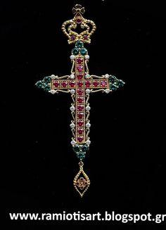 Religious Cross, Jewelry, Crosses, Jewellery Making, Jewerly, Jewelery, Jewels, Jewlery, Fine Jewelry