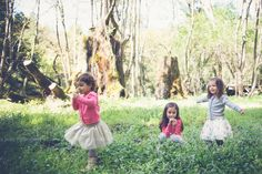 Family Portraits, Sister Portraits, Playing in wildflowers,