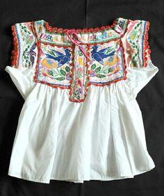 Chatino Blouse Oaxaca    Chatino blouse from Santiago Yaitepec Oaxaca Mexico.