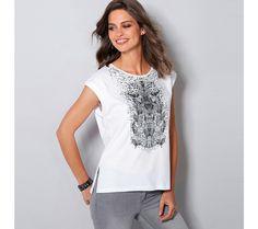 Tričko s etno vzorem | modino.cz #modino_cz #modino_style #style #fashion #vanoce #darek #prokamaradku Khakis, Autumn, Fall, V Neck, Seasons, Outfit, Tops, Women, Style