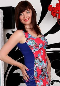 Young Russian girl pic: Valeriya from Kharkov, 45 yo, hair color Brown Online Profile, Brown Hair Colors, Lady, Chestnut Hair Colors, Brown Hair Shades