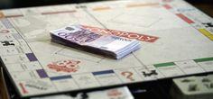 Hasbro ha prodotto 80 scatole del Monopoli con soldi veri al posto delle banconote di gioco - Il Post