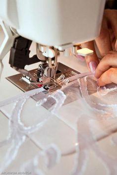 διακοσμητικα πανελ για παραθυρα, ραψτε μονες σας Sewing, Diy, Basteln, Sheer Curtains, Bedroom, Dressmaking, Couture, Sew, Stitching