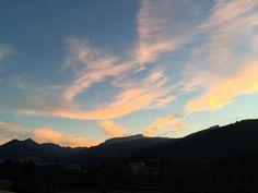 der der in den Bergen, Celestial, Sunset, Outdoor, Alps, Outdoors, Sunsets, Outdoor Games, Outdoor Living