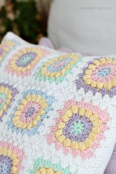Popcorn Flower Cushion and XStitched Runner