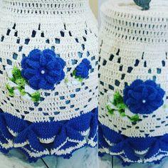Se eu gostei dessa capa de botijao? Eu amei . . . . #crochet #crocheteveryday #creative #crochetlover #crochetaddict #handmade #crochettop #amocroche #suacasalinda #donadecasa #artesanato #feitoamao #jogodecozinha #crochetting #instacrochet #crochetersofinstagram #ilovecroche #bomdia #capabotijao #croche #blue #flowerblue by fernandadimassimo