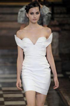 Antonio Berardi - London Fashion Week Spring, 2010