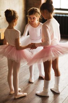 Ballet class for little girls...adorable.