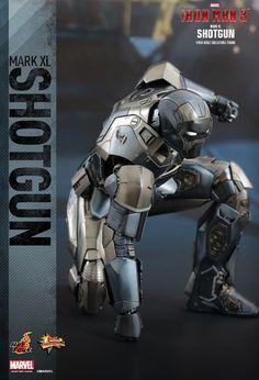 Hot Toys : Iron Man 3 - Shotgun (Mark XL) 1/6th scale Collectible Figure