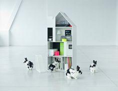 "Design dollhouse for future interior decorators ""Perscentrum Wonen"