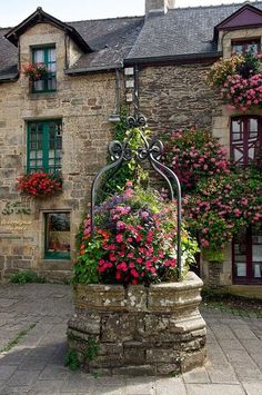 Brittany. French floral decor.