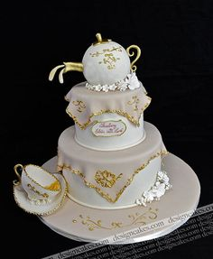 Tea pot bridal shower cake