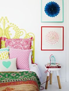 Mynd Interiors in Mentone. Quilt by The Family Love Tree, artwork by Lumiere Art and Co. Styling – Julia Green, photo – Armelle Habib.