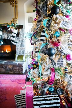 Christmas Tree Ideas – Our Whimsical Christmas Formal Living Area – Gestaltungsideen White Flocked Christmas Tree, Pink Christmas Tree Decorations, Whimsical Christmas Trees, Cool Christmas Trees, Christmas Tree Toppers, Christmas Home, Bohemian Christmas, Preppy Christmas, Xmas