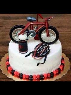 Dorty Bicycle Birthday Parties, Bicycle Party, Happy Birthday Man, Birthday Cake, Beautiful Cakes, Amazing Cakes, Easy Cake Decorating, Birthday Greetings, Party Cakes