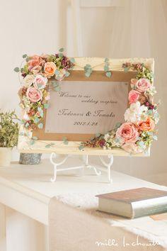 Stunning and Elegant Wedding Frames, Wedding Signs, Diy Wedding, Wedding Flowers, Shabby Chic Flowers, Shabby Chic Crafts, Creative Flower Arrangements, Floral Arrangements, Silk Flowers