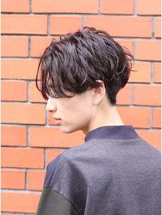 Layered Haircuts Short Hair, Haircuts For Long Hair, Short Hair Cuts, Boys With Curly Hair, Curly Hair Men, Medium Hair Styles, Short Hair Styles, Natural Hair Styles, Androgynous Haircut