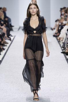 Giambattista Valli Spring/Summer 2017 Ready-To-Wear Collection