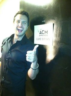 Luke Bryan hosting the 2013 ACM Awards Show