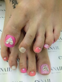 heart and cupcake toenails cute for valentines day or everyday