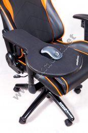 1000 images about gaming setups on pinterest gaming chair trays and gaming. Black Bedroom Furniture Sets. Home Design Ideas