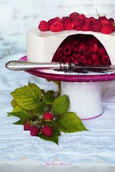 "Torcik "" Malinowa niespodzianka"" || mysweetworld Cupcakes, Cupcake Cakes, Sweet Recipes, Cake Recipes, Dessert Recipes, Cookie Desserts, No Bake Desserts, Beautiful Cakes, Amazing Cakes"