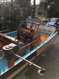 Boston Whaler Sakonnet Boats for sale Fishing Boats For Sale, Aluminum Fishing Boats, Boston Whaler Boats, Boat Restoration, Boat Projects, Boat Interior, Wooden Boats, Coin, Sailor