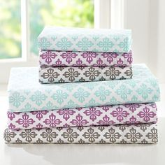 I love the Cloverfield Organic Sheet Set on pbteen.com