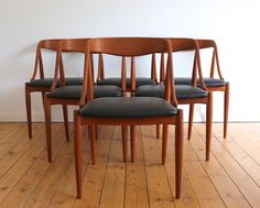 antikmodern: the shop: Johannes Andersen dining chair set