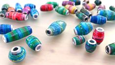 Origami, Make Paper Beads, Art And Craft, Art Diy, Invitation Paper, Paper Jewelry, Card Maker, Paper Cards, Crochet