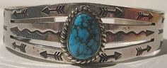 VINTAGE NAVAJO INDIAN STERLING SILVER STAMPED ARROWS TURQUOISE CUFF BRACELET