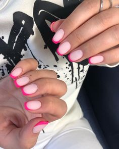 Want some ideas for wedding nail polish designs? This article is a collection of our favorite nail polish designs for your special day. Read for inspiration Pink Tip Nails, Pink Manicure, Neon Nails, Shellac Nails, Manicure Ideas, Pink Nail Designs, Nail Polish Designs, Nail Swag, Cute Nails
