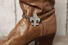 Fleur-de-lis Boot Bracelet - Brown - Classy Country