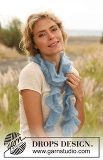 "Knitted DROPS scarf with flounce in ""Kid-Silk"". ~ DROPS Design"