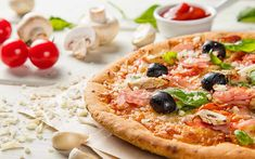 Glutenfri pizzabunn Vegetable Pizza, Nom Nom, Pasta, Baking, Vegetables, Food, Lasagna, Bakken, Essen