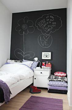 Un toque creativo con la pintura pizarra : Rienda suelta a la imaginación y la creatividad con el uso de pintura de pizarra para las habitaciones infantiles. Y además de fomentar las dotes artística