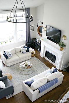 furniture layout Symmetrical great room layout with two sofas Great Room Layout, Small Living Room Layout, Living Room Furniture Layout, Living Room Modern, Living Room Sofa, Living Rooms, Modern Furniture, Living Room Layout With Fireplace And Tv, Dark Wood Floors Living Room