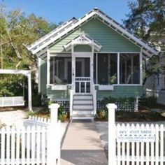 Beach cottage in Florida