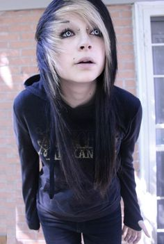 60 Cute Emo Hairstyles; What Do You Think of Emo/Scene Hair?