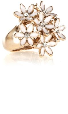 Pretty floral cluster ring