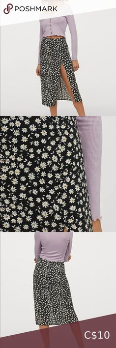 NWT daisy split skirt Adorable for summer. H&M Skirts Split Skirt, Fashion Tips, Fashion Design, Fashion Trends, High Waisted Skirt, Daisy, Ballet Skirt, Skirts, Summer