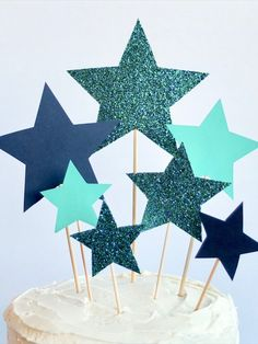 Star Cake Topper - DIY Party Decor - DIY Cake Topper Diy Cake Topper, Cake Toppers, Star Cakes, Diy Party Decorations, Childrens Party, Bunting, Garland, Fun, Design