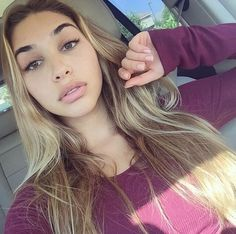 Chantel Jeffries If you're looking for hairstyles that will allow you to comfortable when you Chantal Jeffries, Brown Blonde Hair, Gorgeous Hair, Beautiful Sky, Beautiful People, Beautiful Women, Girls Makeup, Woman Face, Hair Looks