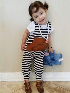 Black and white Moda Instagram, Monet, Cool Kids, Kids Fashion, Victoria, Black And White, Black White, Child Fashion, Black N White