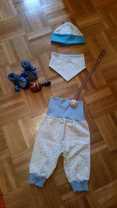 Baby Höschen mit sabbertuch und käppchen plus schnullerkette Pants, Fashion, Trousers, Kids, Trouser Pants, Moda, Fashion Styles, Women's Pants, Women Pants