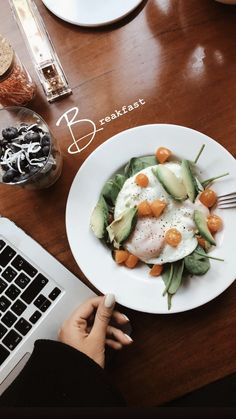 ˗ˏˋ brooke ˊˎ˗ ˗ˏˋ brooke ˊˎ˗ The post ˗ˏˋ brooke ˊˎ˗ & Food inspiration appeared first on Food . Healthy English Breakfast, Breakfast For A Crowd, Breakfast Recipes, Morning Breakfast, Healthy Snacks, Healthy Eating, Healthy Recipes, Easy Snacks, Healthy Tips